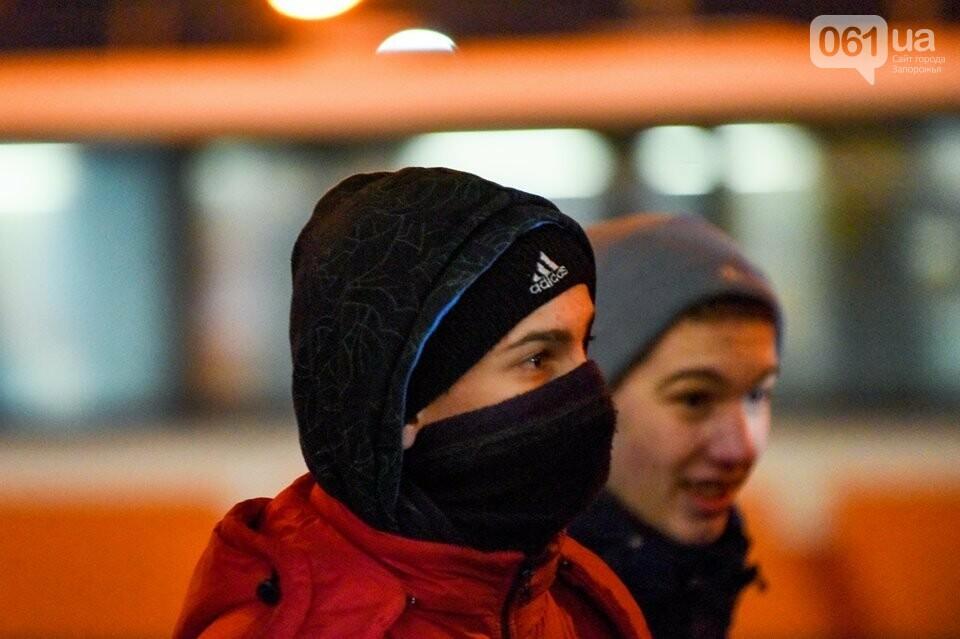 """""""Крути, вас не забути"""": в центре Запорожья прошло факельное шествие, - ФОТОРЕПОРТАЖ, фото-7"""