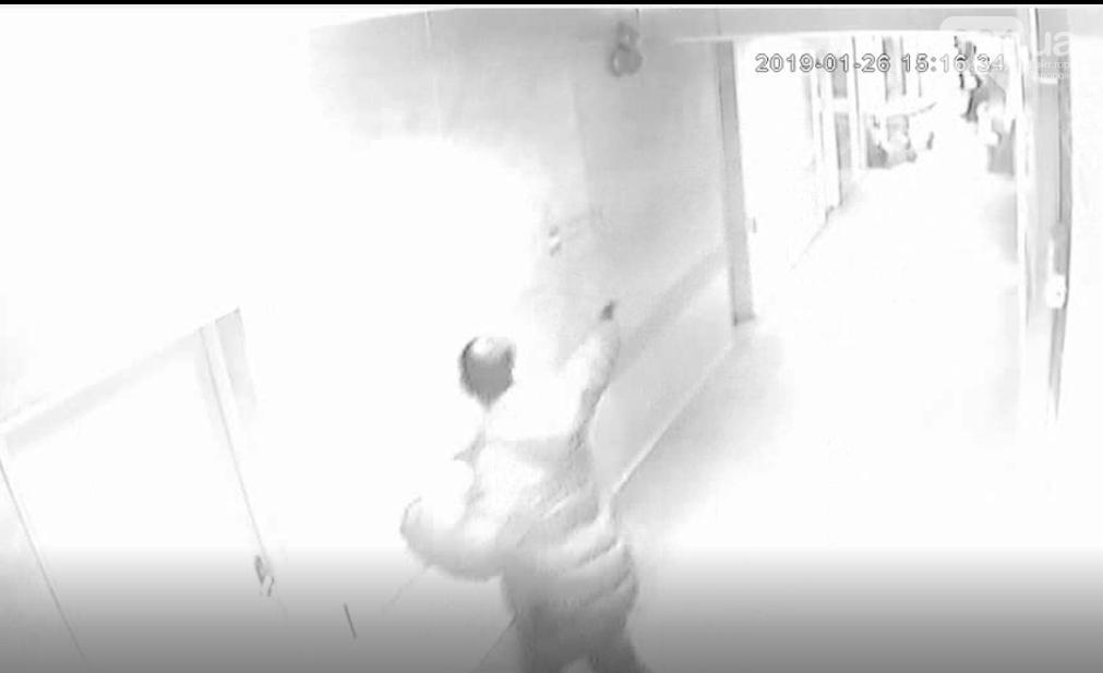 Стрелявший в больнице Бердянска россиянин арестован: подробности происшествия, - ФОТО, фото-1