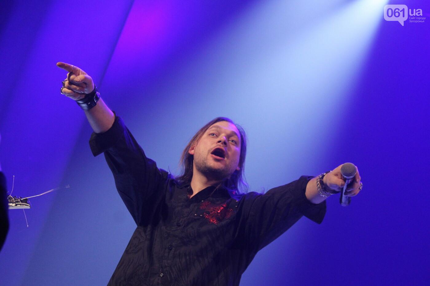 Тяжелый рок в симфоническом звучании: каким было Hard Rock Show в Запорожье, – ФОТОРЕПОРТАЖ, фото-17