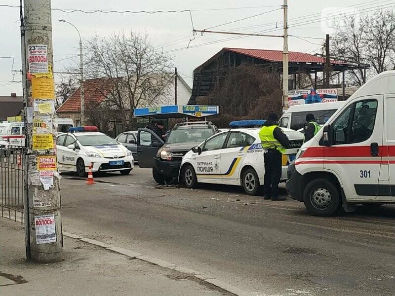 В Запорожье произошло ДТП с полицейским «Приусом», – ФОТО, фото-2
