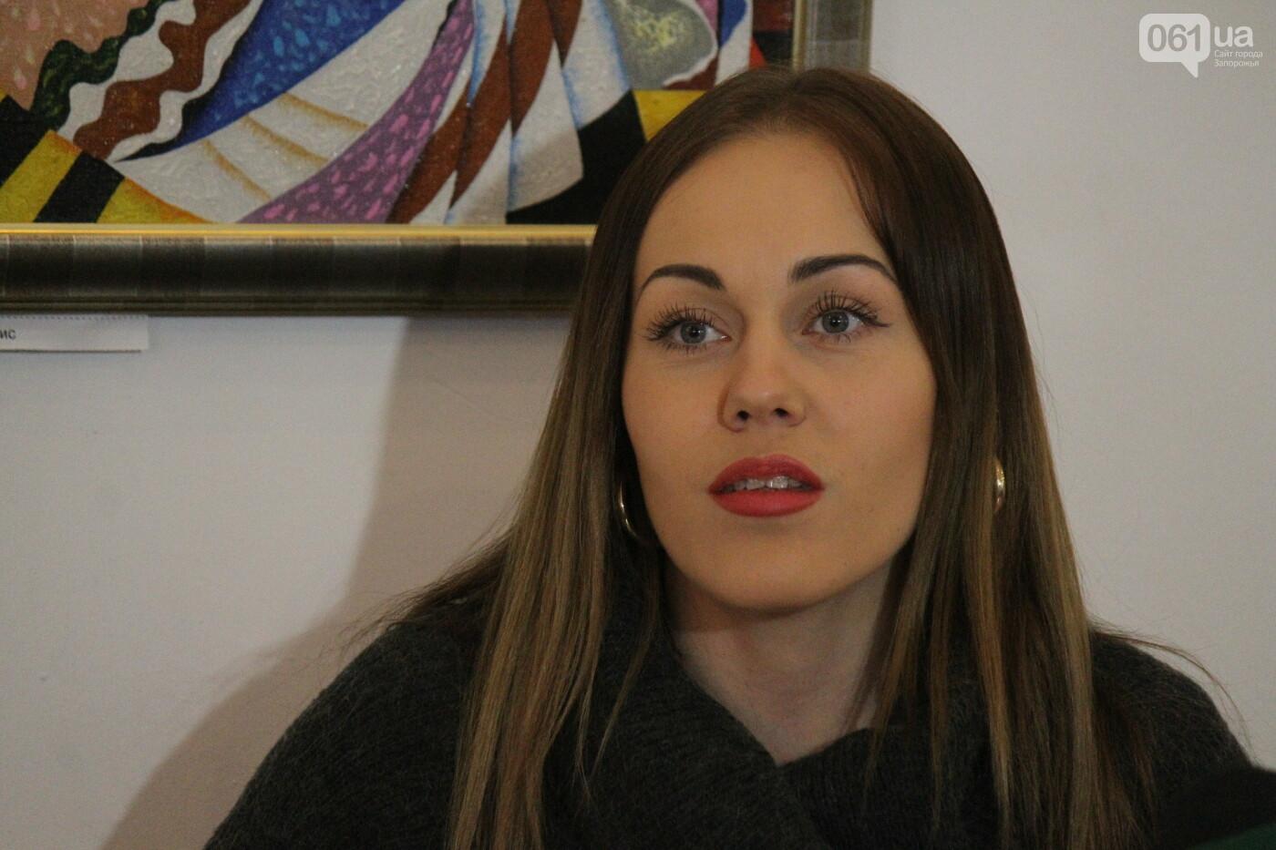 Перед концертом в родном Запорожье певица Alyosha провела автограф-сессию, – ФОТОРЕПОРТАЖ, фото-1