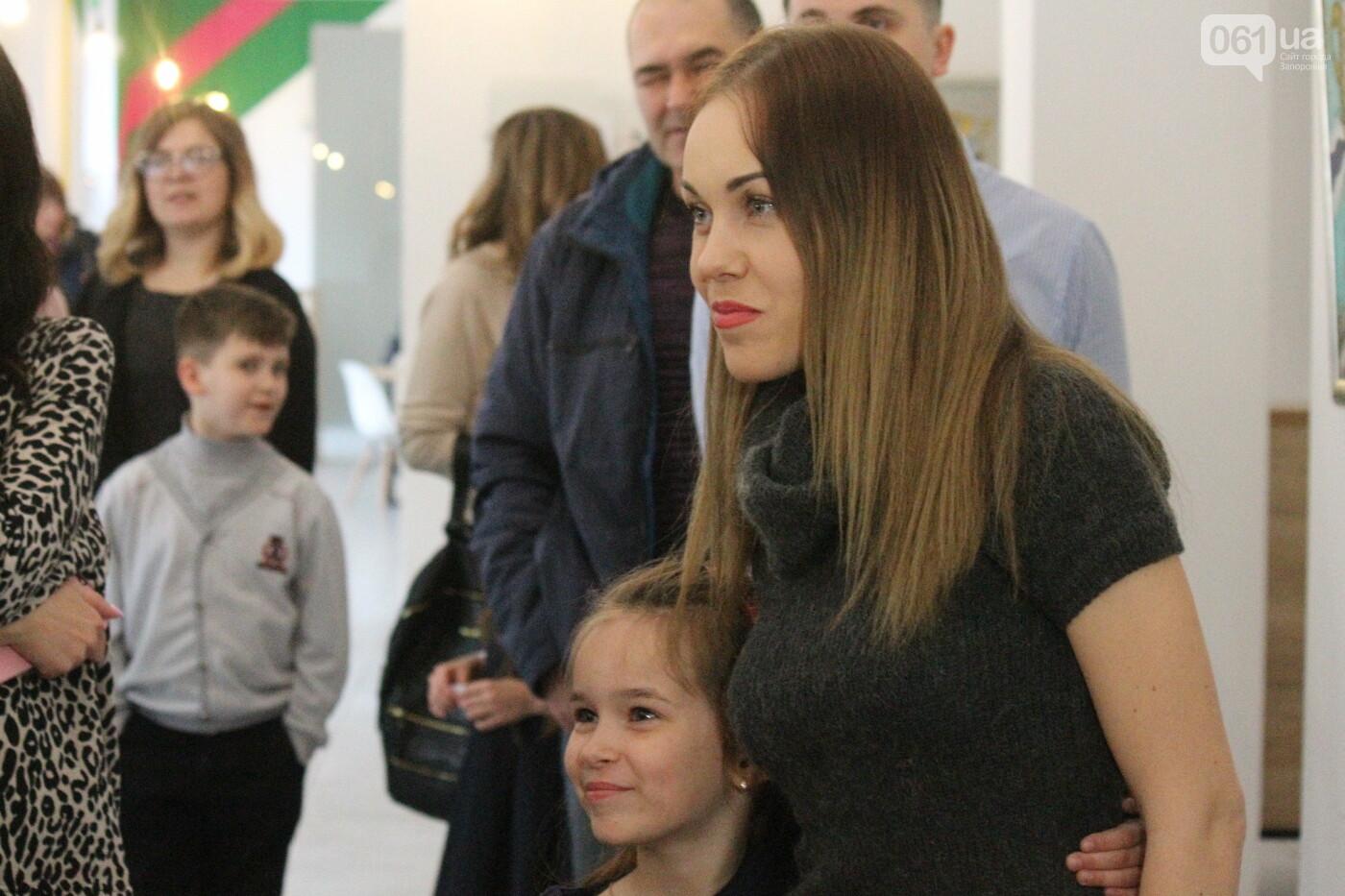 Перед концертом в родном Запорожье певица Alyosha провела автограф-сессию, – ФОТОРЕПОРТАЖ, фото-16