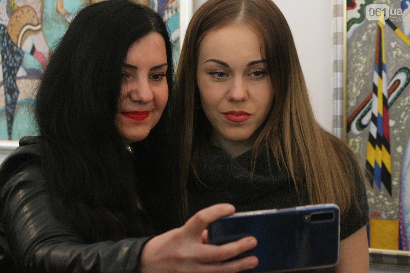 Перед концертом в родном Запорожье певица Alyosha провела автограф-сессию, – ФОТОРЕПОРТАЖ, фото-18