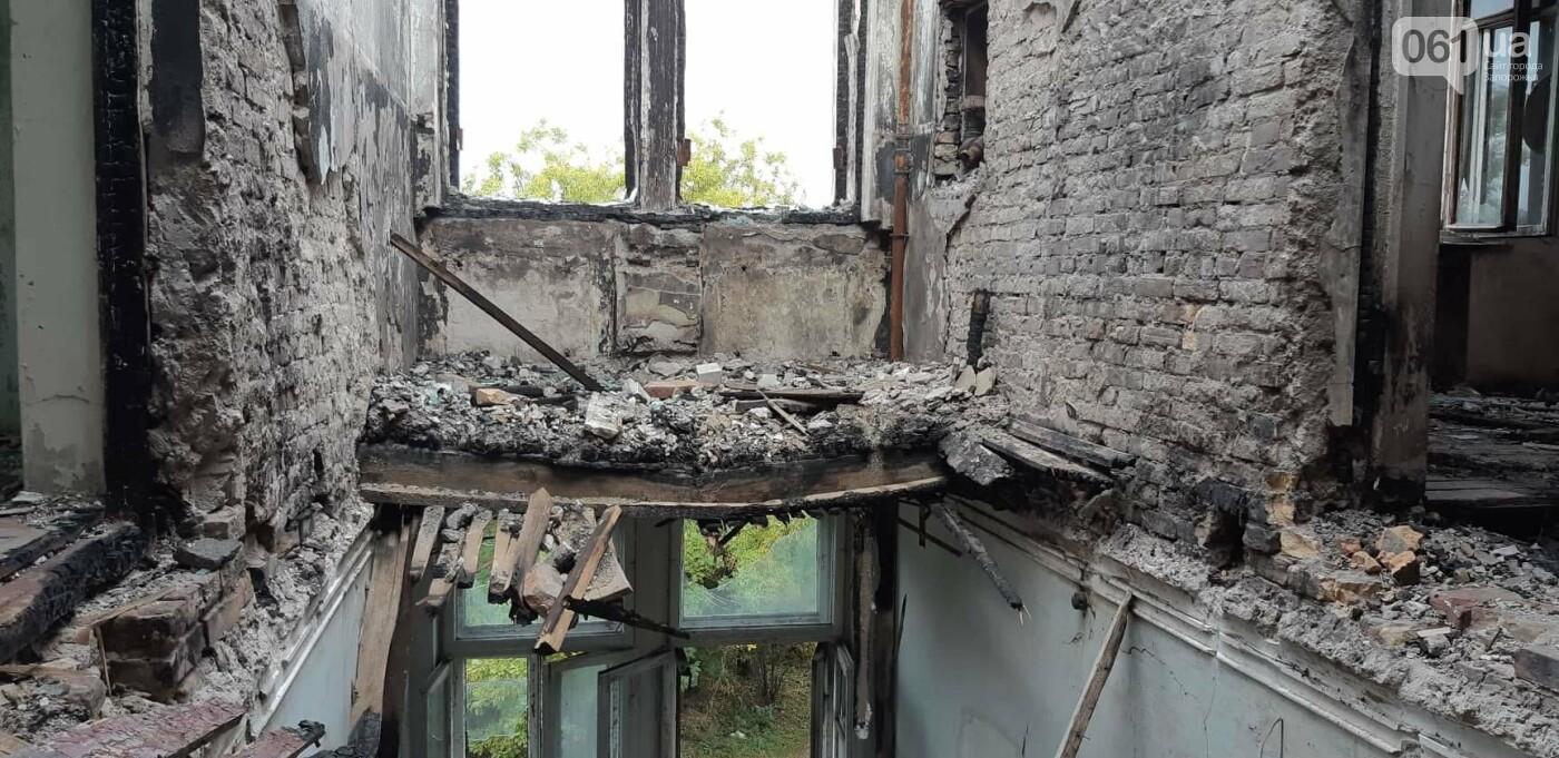 На Хортице вандалы оставили без крыши здание заброшенного ЦИМЕЖА, - ФОТОРЕПОРТАЖ, фото-6