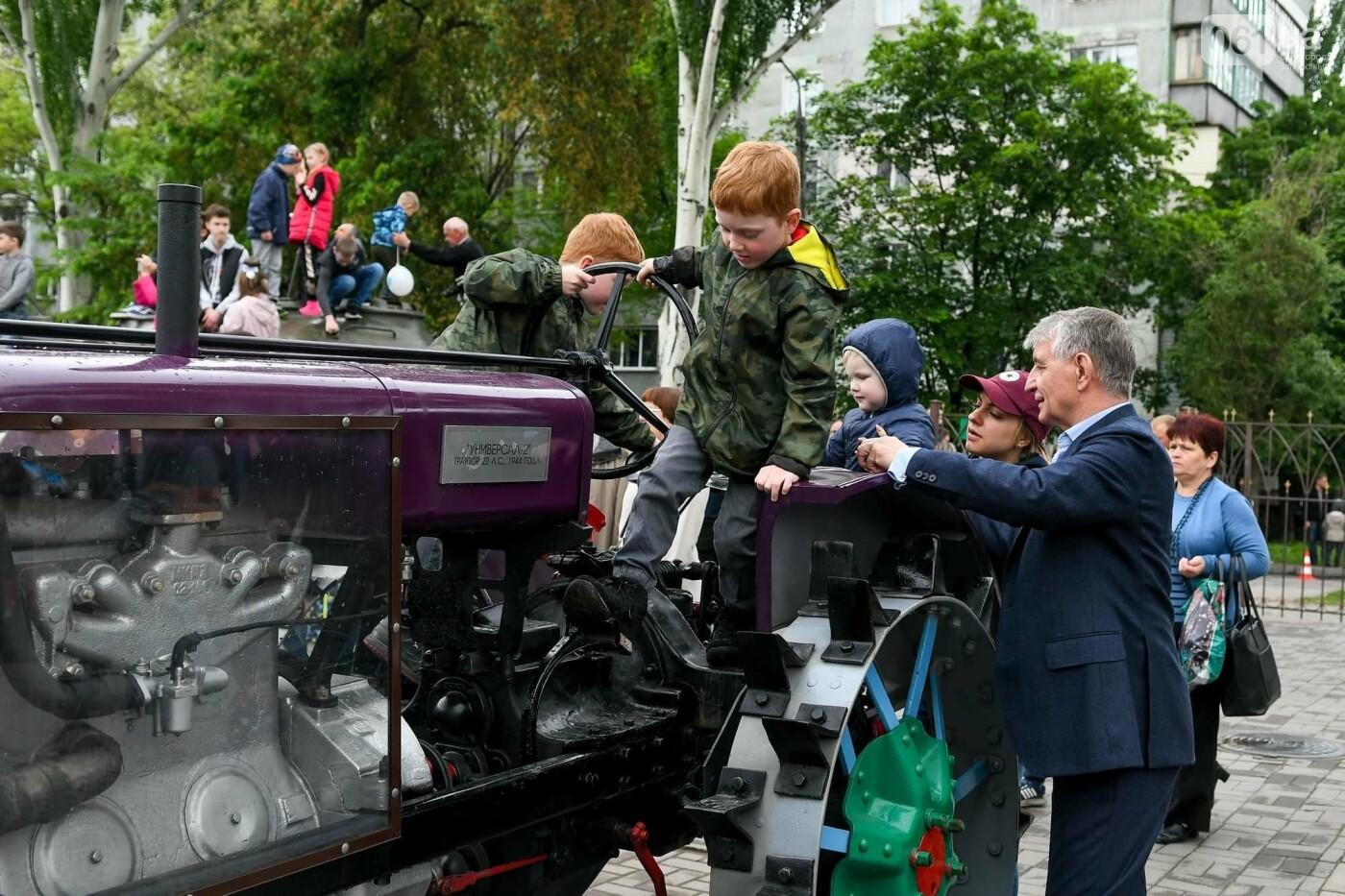 """Богуслаев на """"Победе"""", полевая кухня и концерт: в Запорожье в парке Климова проходят гуляния, - ФОТОРЕПОРТАЖ, фото-24"""