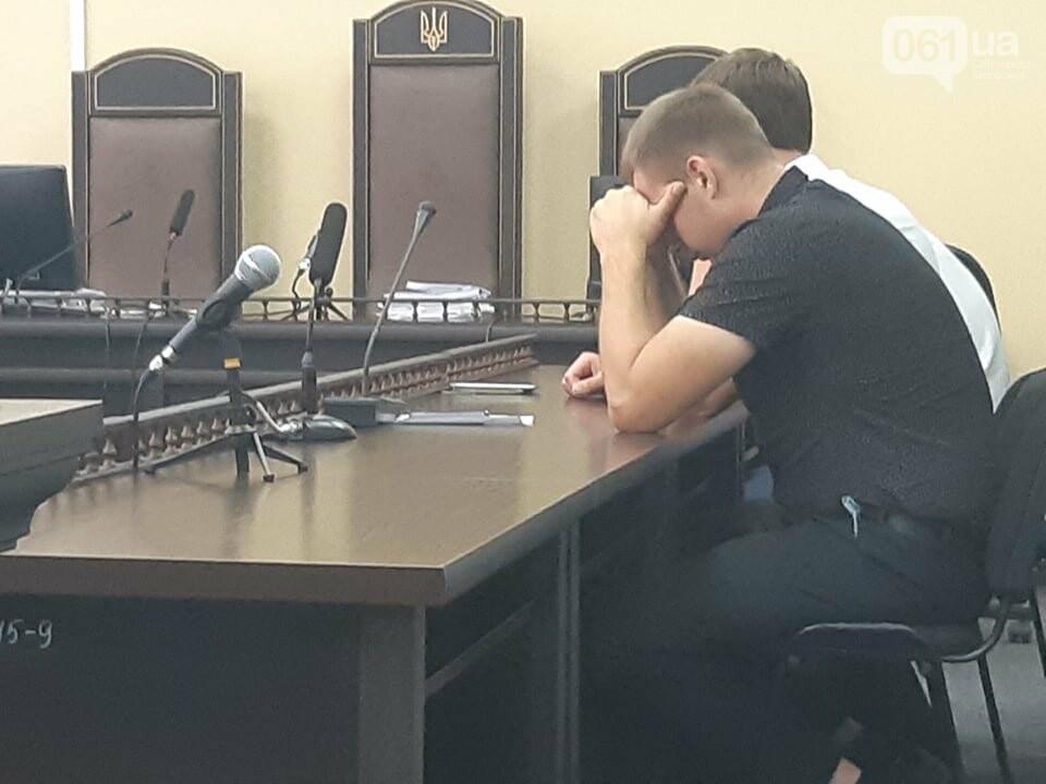 Запорожский суд отменил залог и арестовал полицейского, которого подозревают в совершении ДТП – в аварии погибла семья, - ФОТО, фото-5