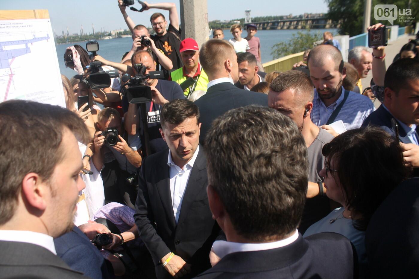 Зеленский в Запорожье: гендиректор «Укргидроэнерго» пообещал уволиться, если вовремя не закончит ремонт плотины, – ФОТО, фото-9