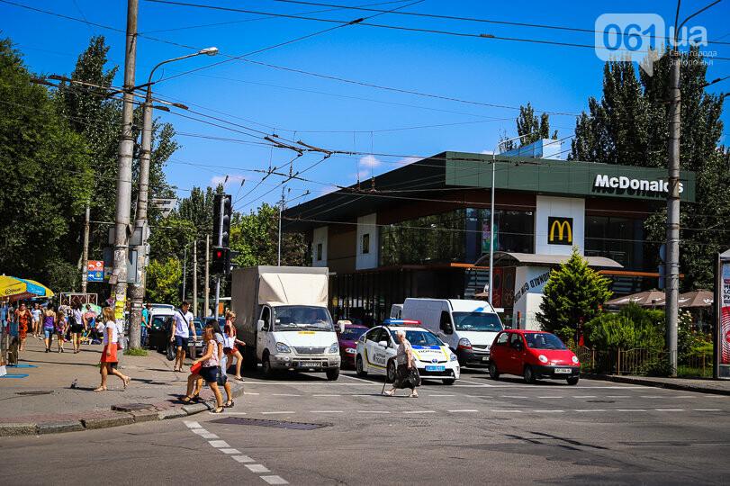 В Запорожье из-за аварийной ливневки просела дорога и начал разрушаться дом — ремонт оценили в 7 миллионов, фото-9