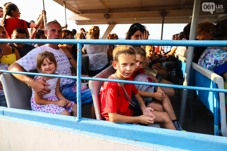 Речной пассажирский транспорт в Запорожье работает неделю: есть ли спрос и что говорят в мэрии, - ФОТОРЕПОРТАЖ, фото-5