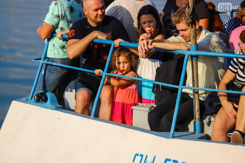 Речной пассажирский транспорт в Запорожье работает неделю: есть ли спрос и что говорят в мэрии, - ФОТОРЕПОРТАЖ, фото-9