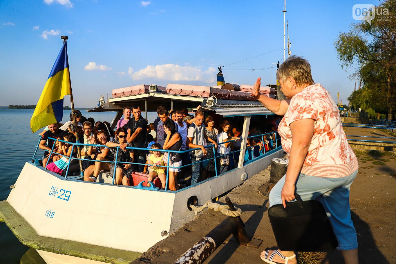 Речной пассажирский транспорт в Запорожье работает неделю: есть ли спрос и что говорят в мэрии, - ФОТОРЕПОРТАЖ, фото-10