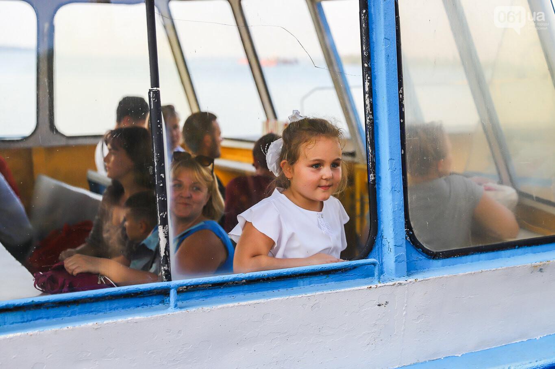Речной пассажирский транспорт в Запорожье работает неделю: есть ли спрос и что говорят в мэрии, - ФОТОРЕПОРТАЖ, фото-11