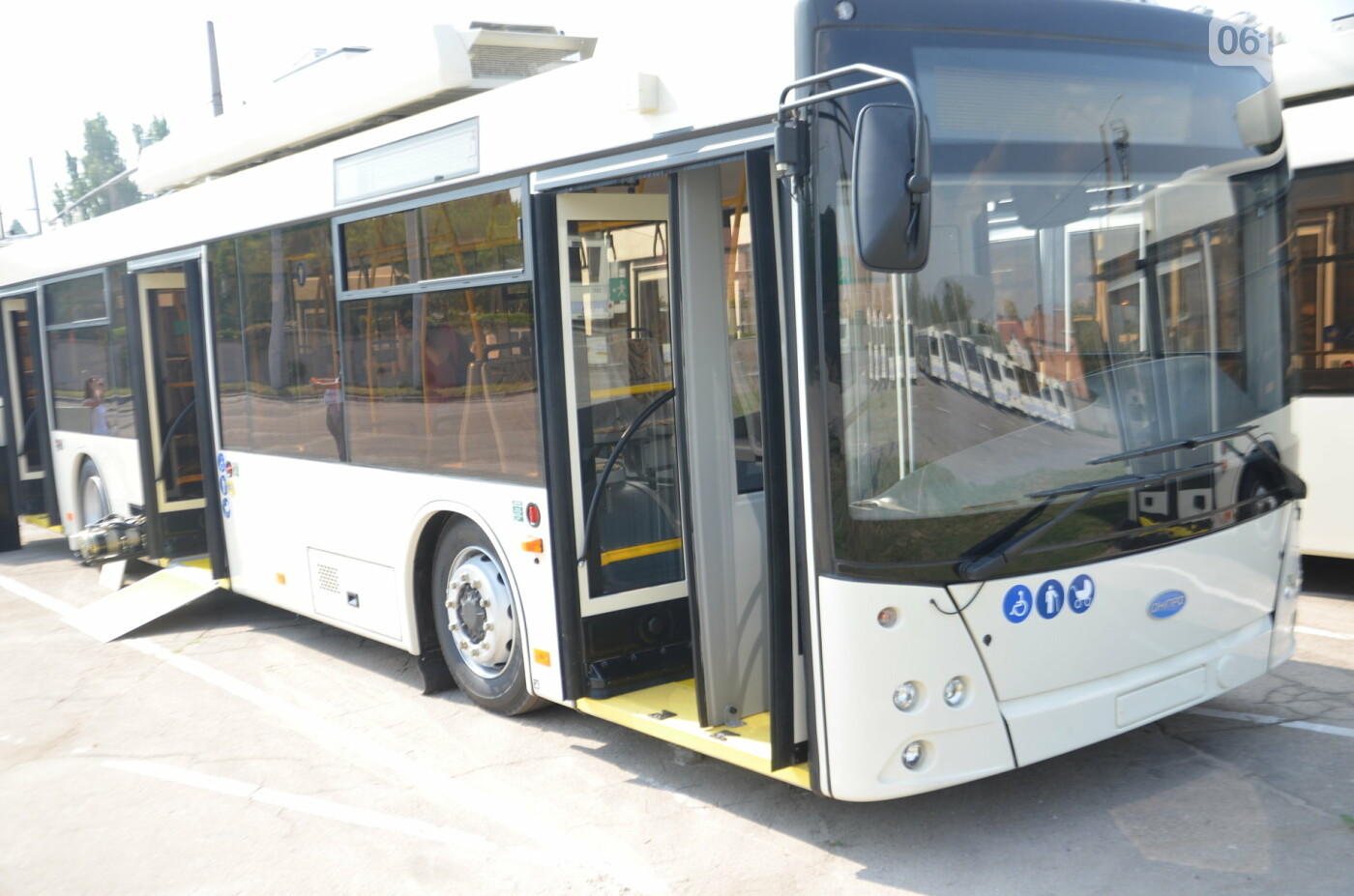 В Запорожье на линию выйдут пять новых троллейбусов с автономным ходом, - ФОТОРЕПОРТАЖ, фото-1