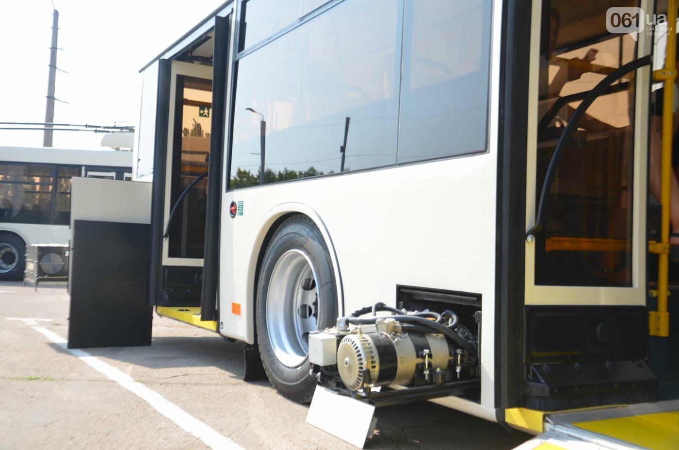 В Запорожье на линию выйдут пять новых троллейбусов с автономным ходом, - ФОТОРЕПОРТАЖ, фото-9