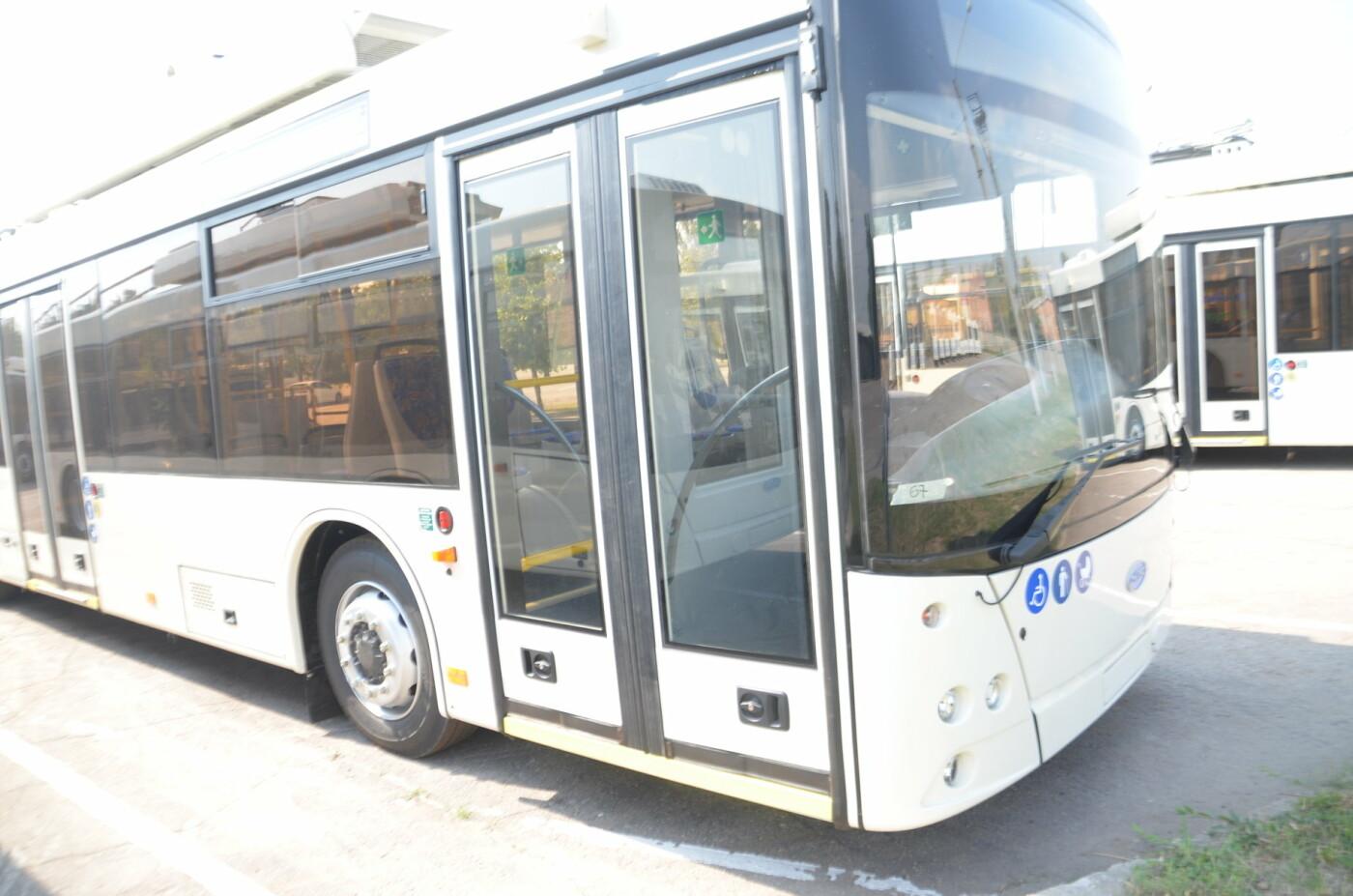 В Запорожье на линию выйдут пять новых троллейбусов с автономным ходом, - ФОТОРЕПОРТАЖ, фото-3