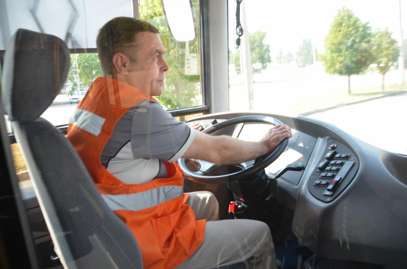 В Запорожье на линию выйдут пять новых троллейбусов с автономным ходом, - ФОТОРЕПОРТАЖ, фото-16
