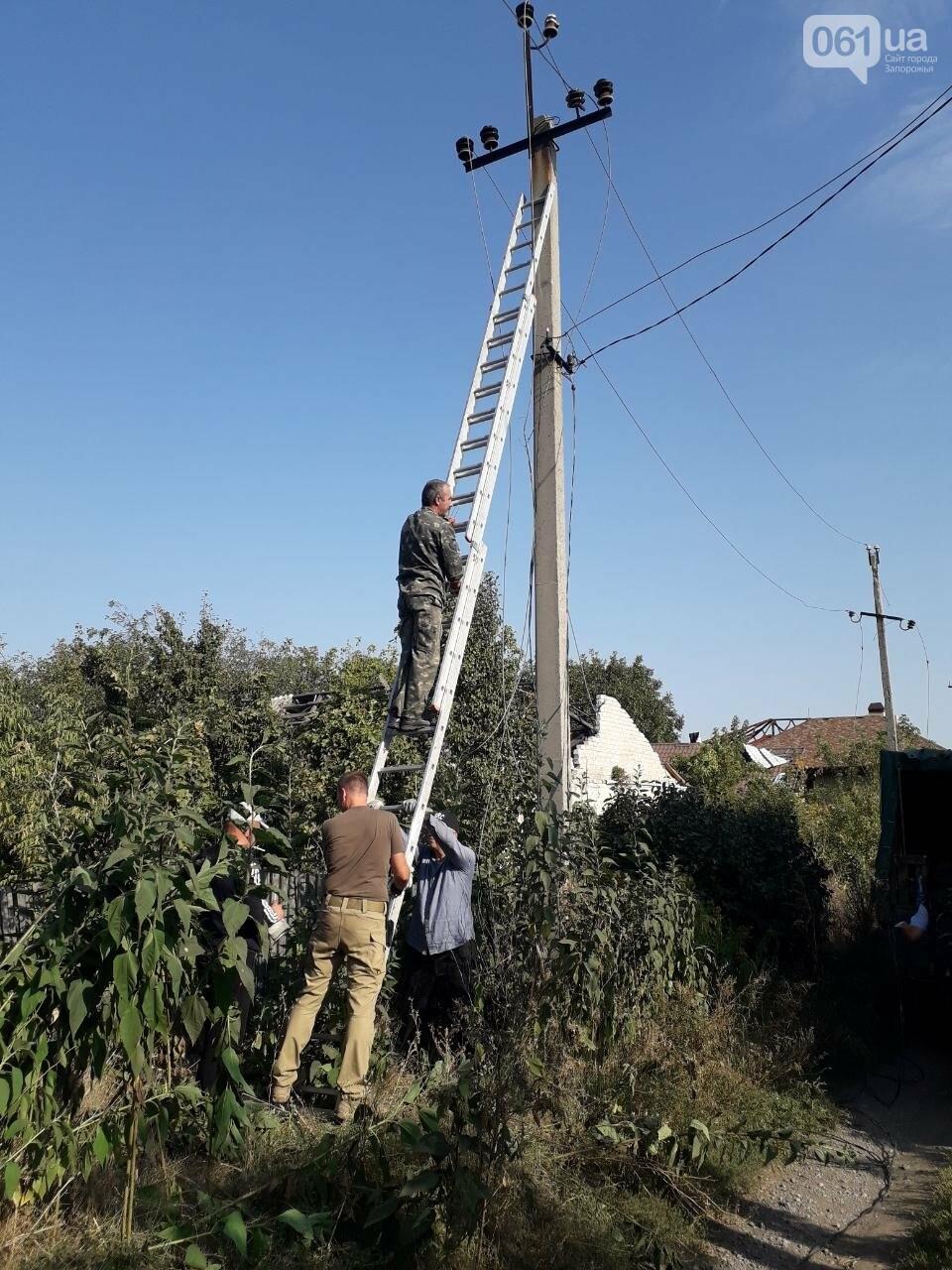 Энергодарские бойцы и волонтеры помогли «запитать» поселок Пески, фото-3