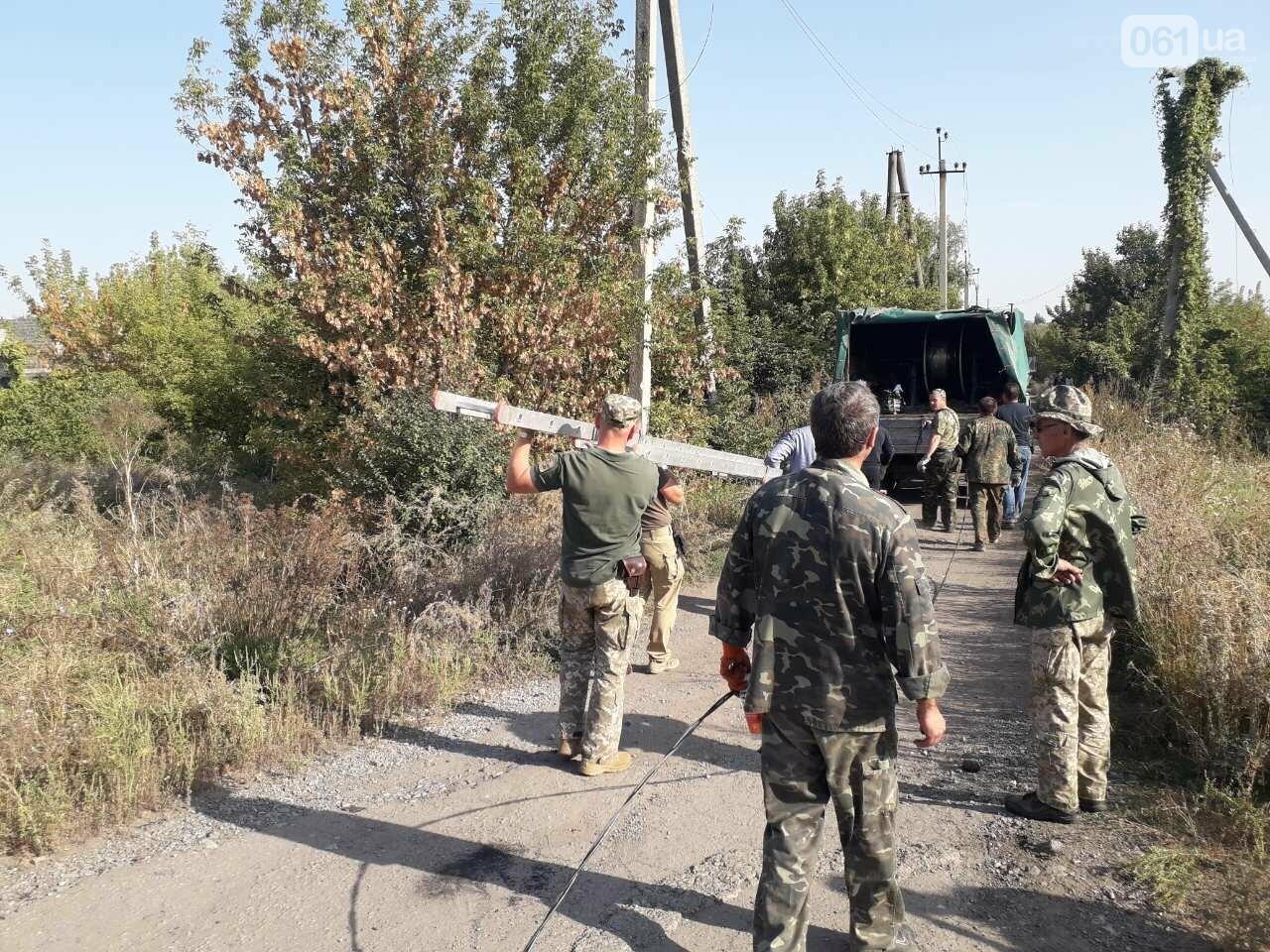 Энергодарские бойцы и волонтеры помогли «запитать» поселок Пески, фото-2