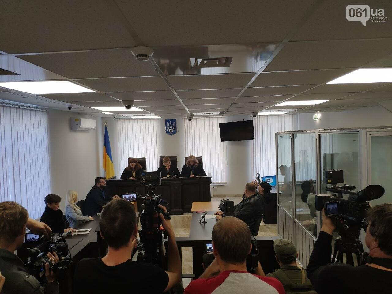 В день, когда гражданский супруг поджег Настю Ковалеву, она выгнала его из дома: репортаж из зала суда, - ФОТО, фото-1