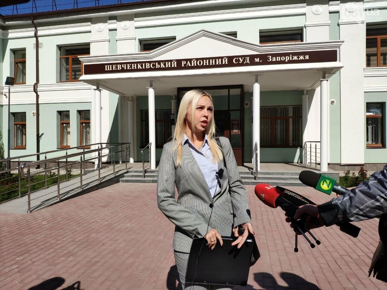 В день, когда гражданский супруг поджег Настю Ковалеву, она выгнала его из дома: репортаж из зала суда, - ФОТО, фото-2