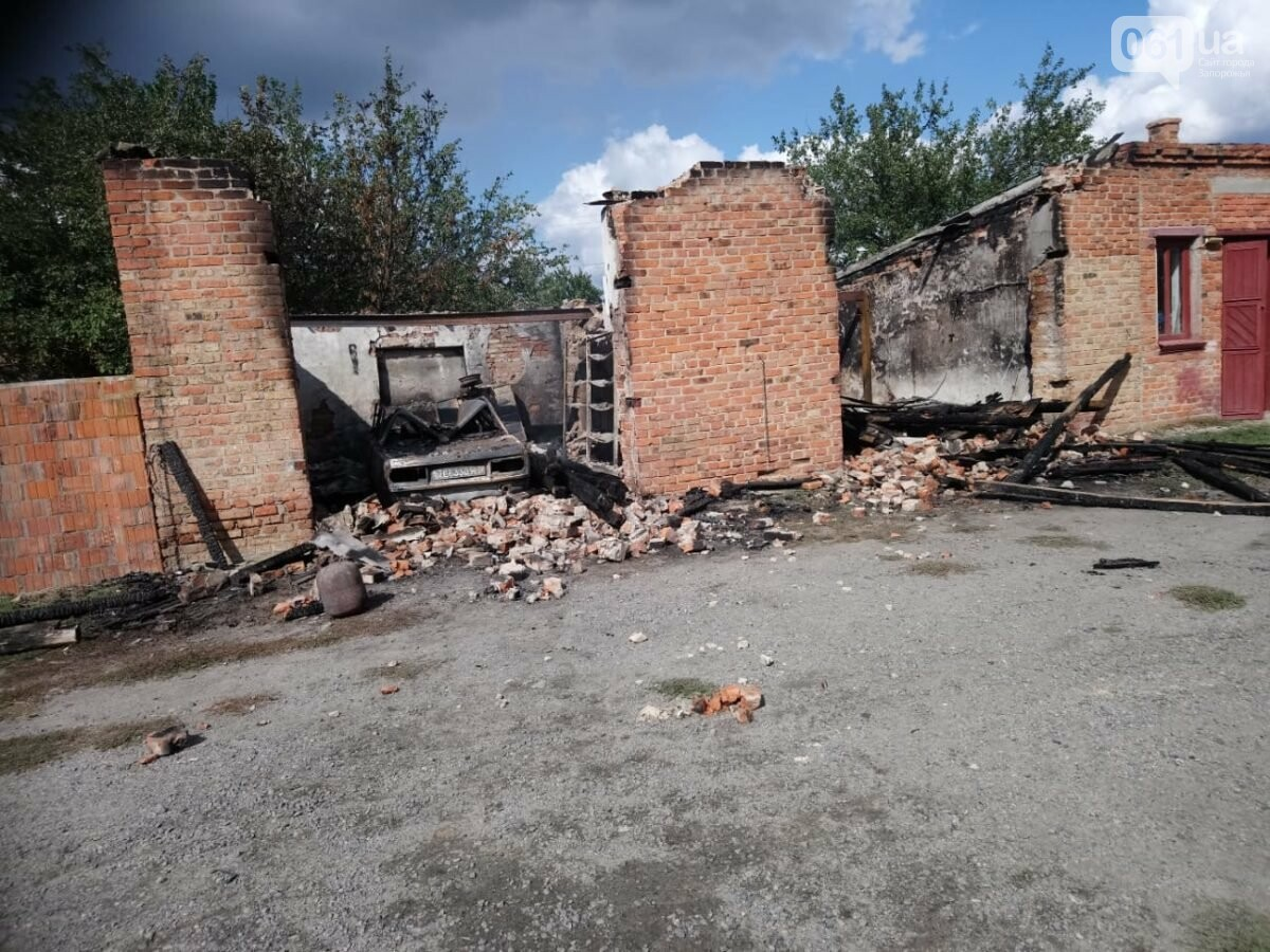 В Запорожской области сгорели гаражи на территории мужского монастыря, фото-6