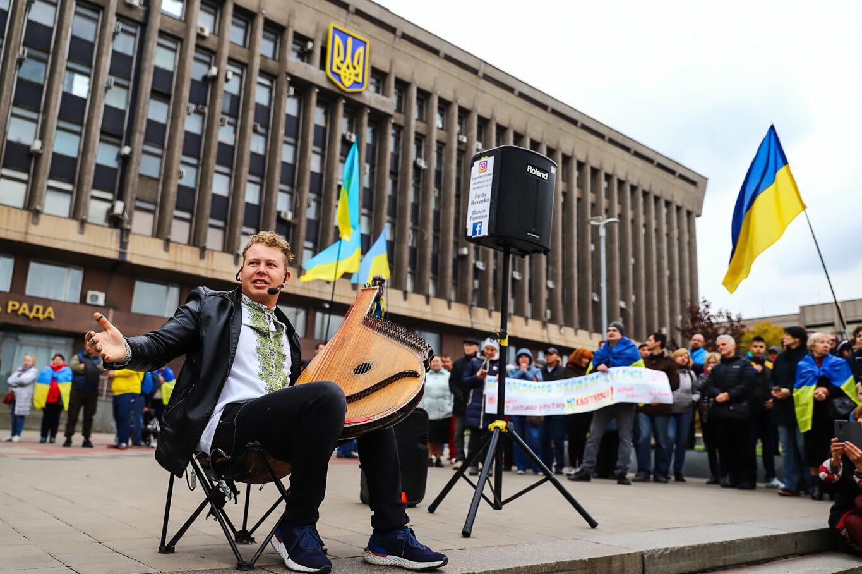 Создание штаба сопротивления, выступление кобзаря и героини Майдана: как в Запорожье прошло вече против капитуляции, - ФОТОРЕПОРТАЖ, фото-50