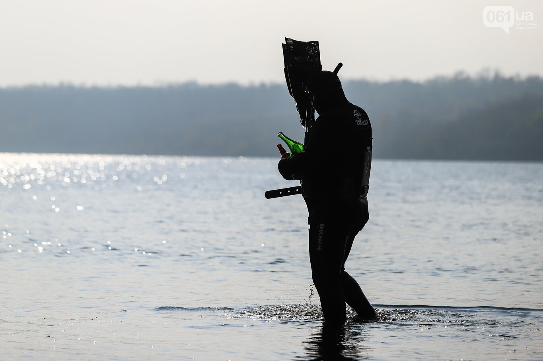 Чистка Днепра: запорожские дайверы провели субботник, - ФОТОРЕПОРТАЖ, фото-27