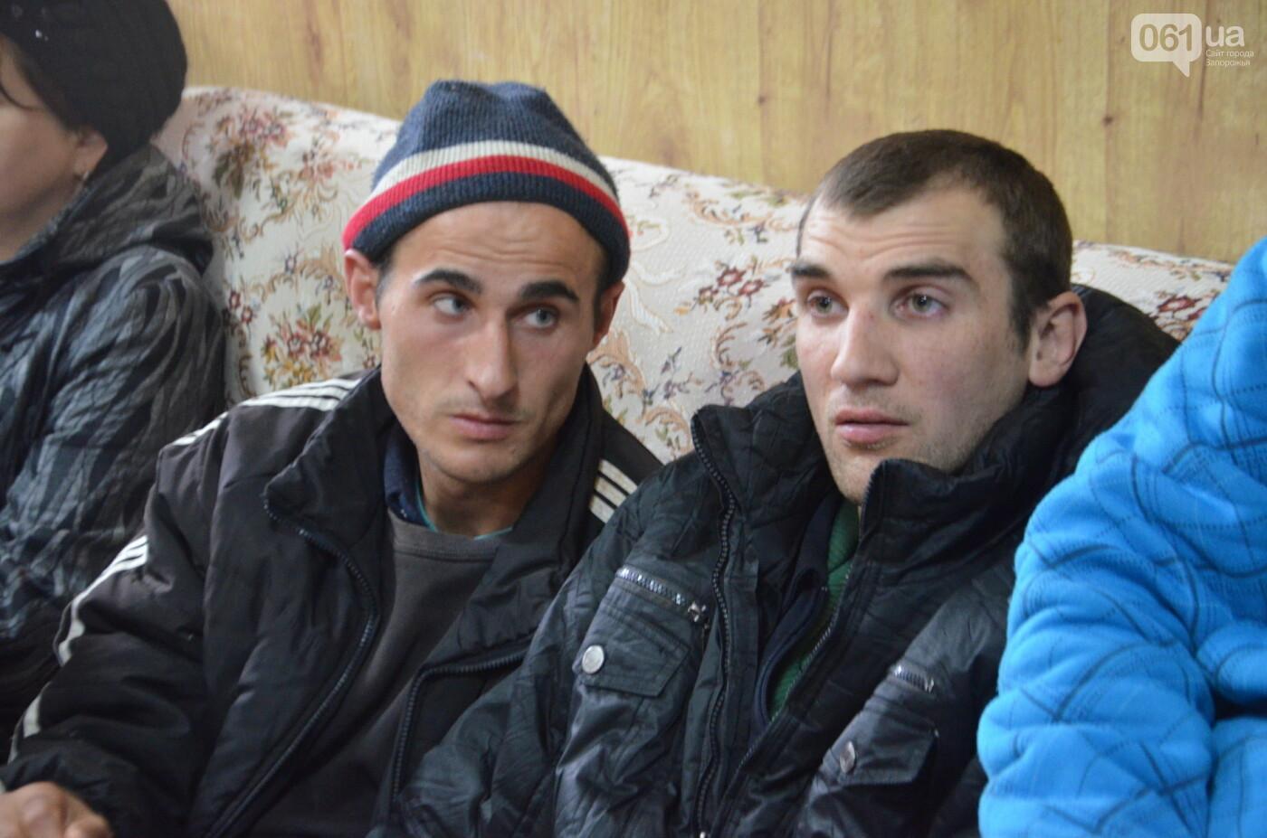 «Я сирота. Это мой дом»: воспитанники из Черниговского интерната вынуждено покинули свою обитель, фото-15