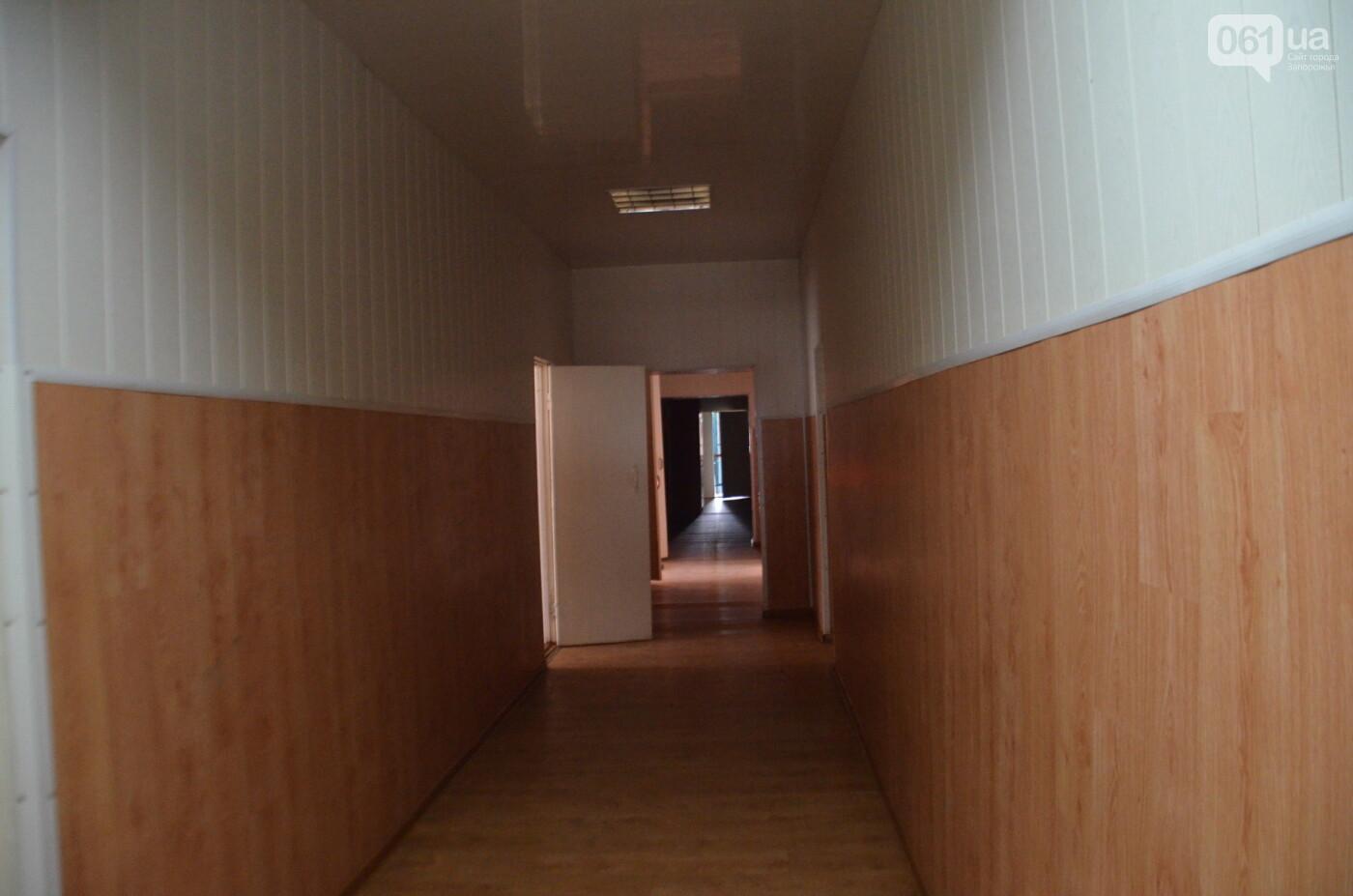 «Я сирота. Это мой дом»: воспитанники из Черниговского интерната вынуждено покинули свою обитель, фото-21