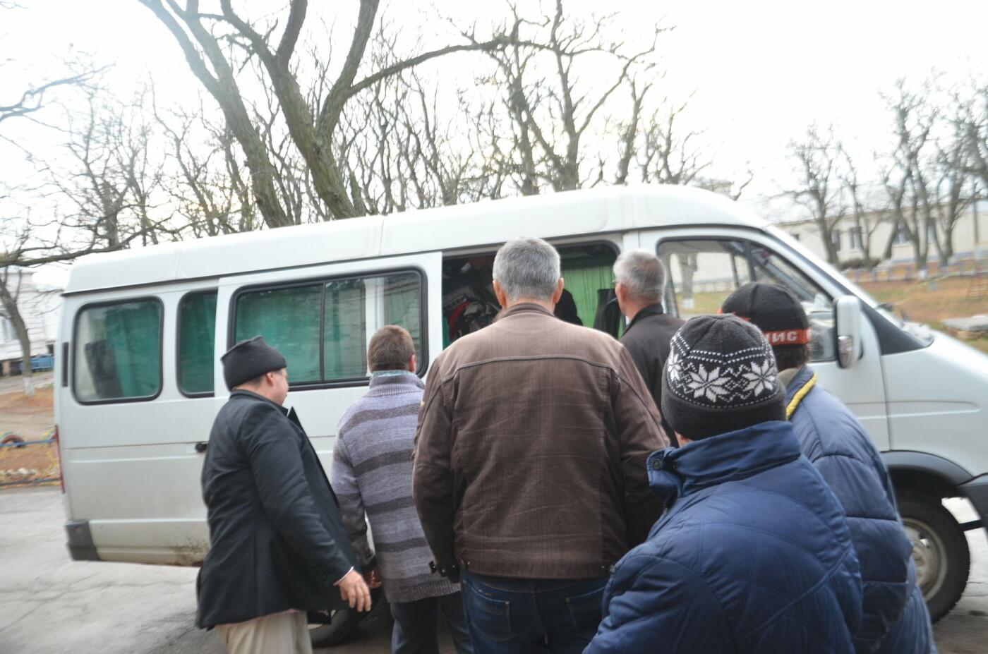 «Я сирота. Это мой дом»: воспитанники из Черниговского интерната вынуждено покинули свою обитель, фото-27