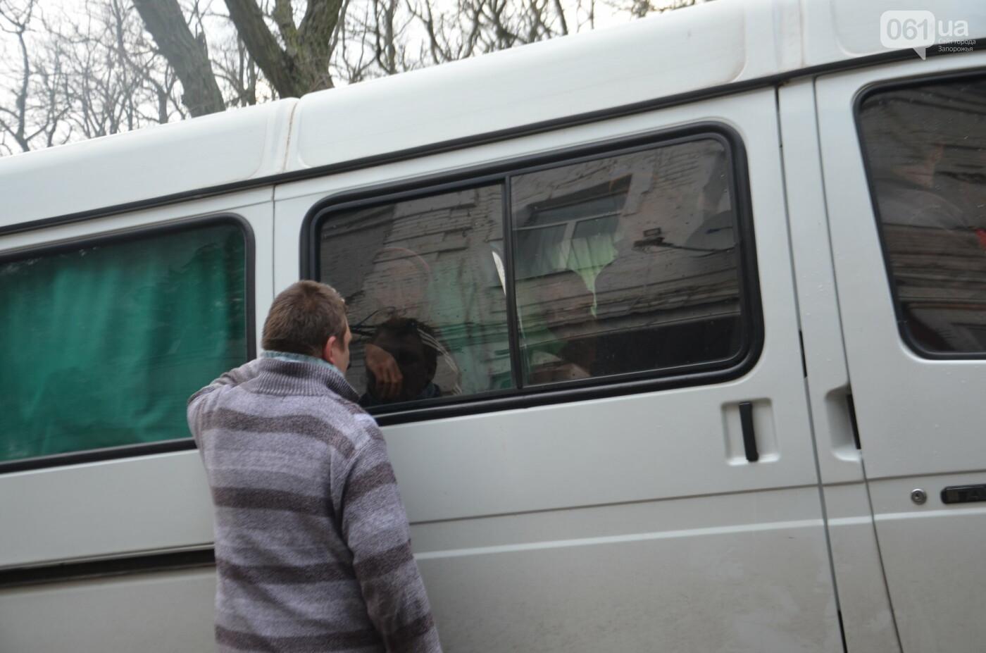 «Я сирота. Это мой дом»: воспитанники из Черниговского интерната вынуждено покинули свою обитель, фото-33