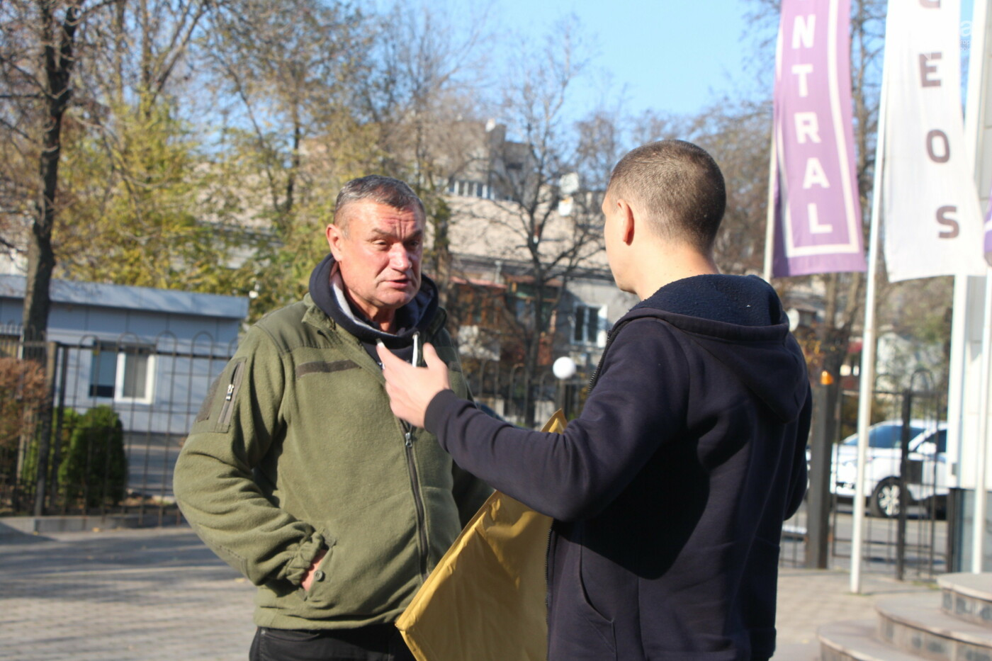 """""""Анисимов просто лох"""": на антикоррупционной экскурсии рассказали, кто приезжает в новый """"золотой офис"""", - ФОТОРЕПОРТАЖ, фото-14"""