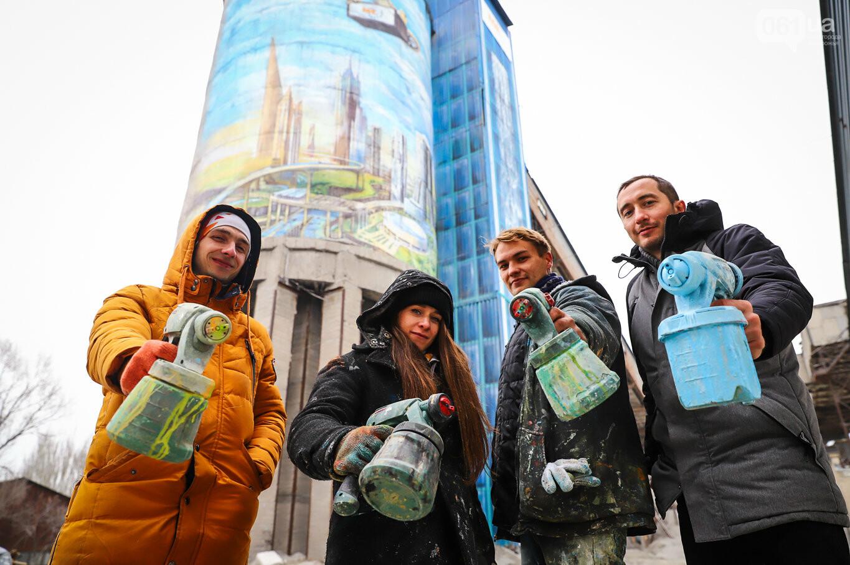 Самый большой мурал Украины создали в Запорожье на территории каменного карьера, - ФОТОРЕПОРТАЖ, фото-17