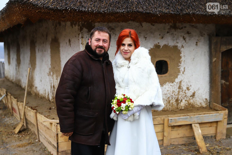 «Весь конфетно-букетный период прошел в окопах»: в Запорожье поженились военные, которые познакомились на передовой, - ФОТОРЕПОРТАЖ, фото-7