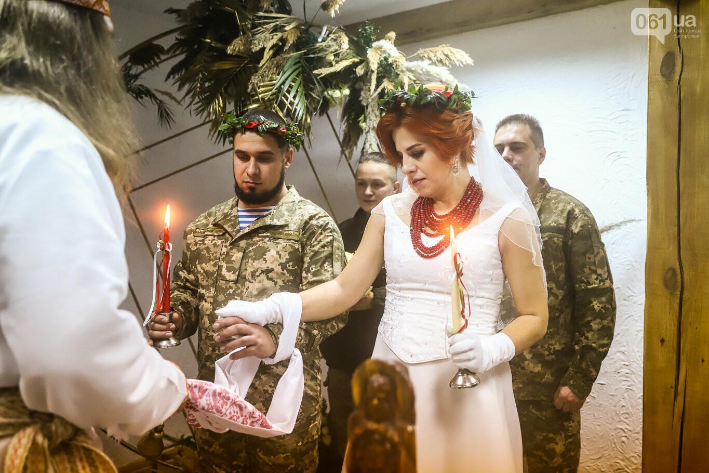 «Весь конфетно-букетный период прошел в окопах»: в Запорожье поженились военные, которые познакомились на передовой, - ФОТОРЕПОРТАЖ, фото-22