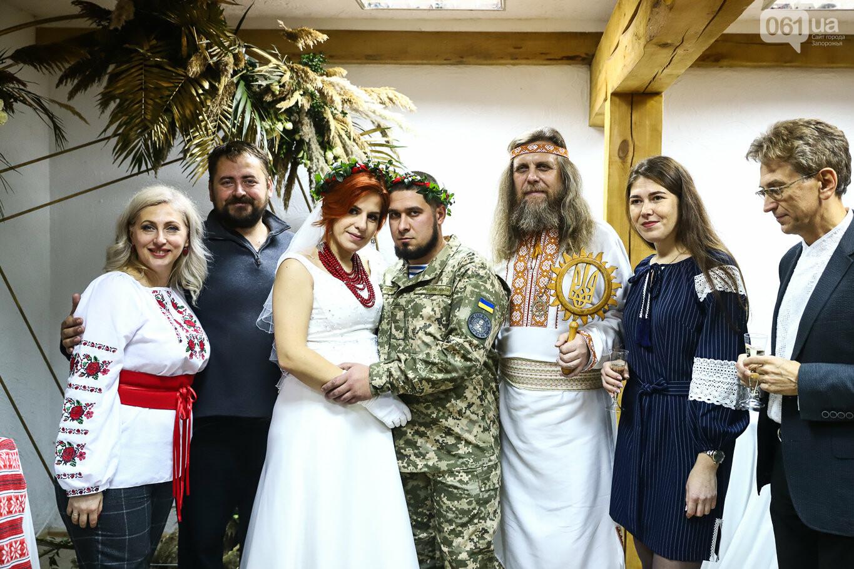 «Весь конфетно-букетный период прошел в окопах»: в Запорожье поженились военные, которые познакомились на передовой, - ФОТОРЕПОРТАЖ, фото-36