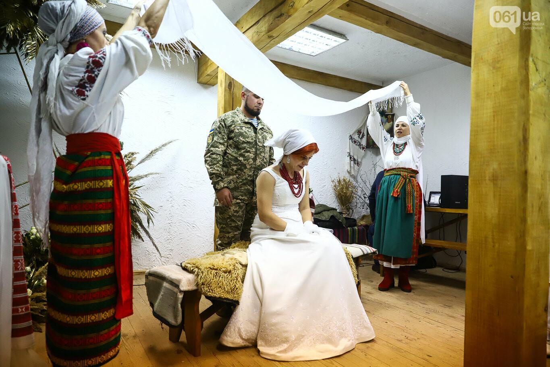 «Весь конфетно-букетный период прошел в окопах»: в Запорожье поженились военные, которые познакомились на передовой, - ФОТОРЕПОРТАЖ, фото-41
