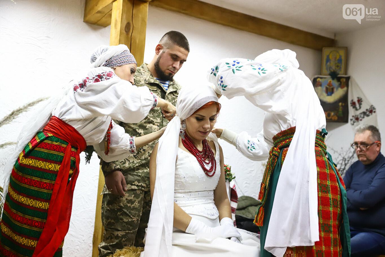 «Весь конфетно-букетный период прошел в окопах»: в Запорожье поженились военные, которые познакомились на передовой, - ФОТОРЕПОРТАЖ, фото-42