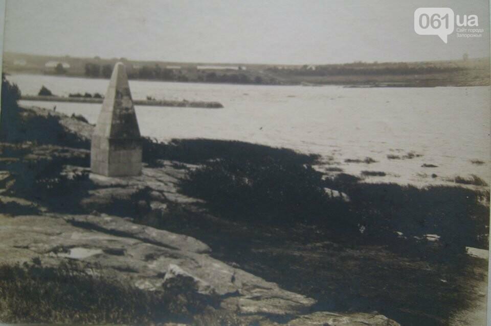 Запорожский дайвер отыскал под водой обелиск, затопленный при строительстве ДнепроГЭС, - ВИДЕО, фото-1