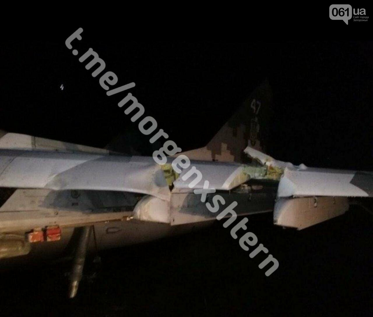 На аэродроме в Мелитополе совершил аварийную посадку истребитель МИГ-29, фото-2