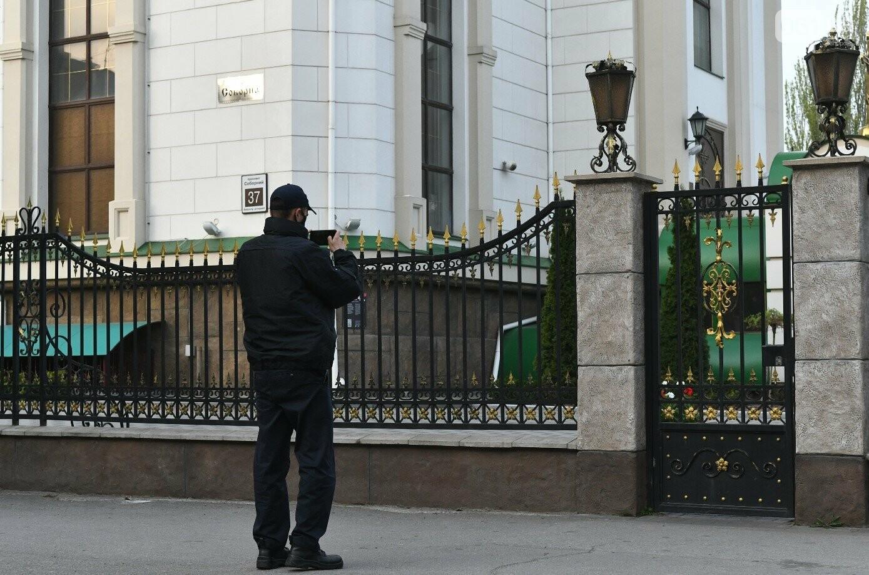 Освящение пасок у дворов на сельских улицах и полицейские возле храмов вместо прихожан: как празднуют Пасху в Запорожье, - ФОТОРЕПОРТАЖ, фото-32