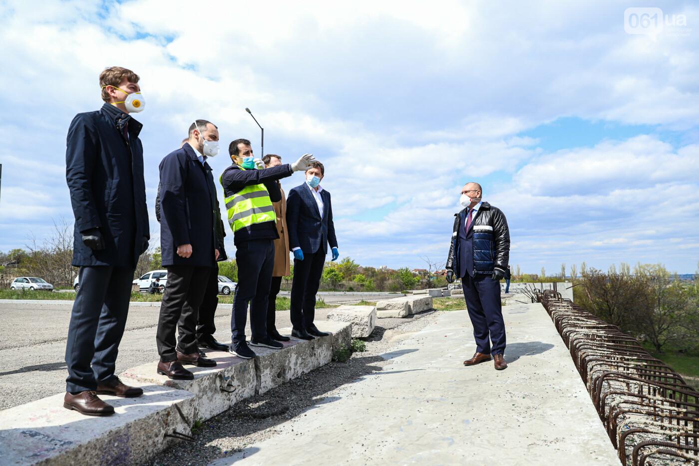 Глава Укравтодора побывал на запорожских мостах — планирует их достроить за два года, - ФОТОРЕПОРТАЖ , фото-2