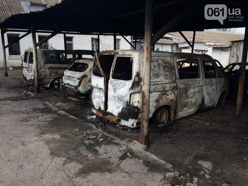 В полиции пожар на автостоянке в Васильевке расследуют как поджог , фото-3
