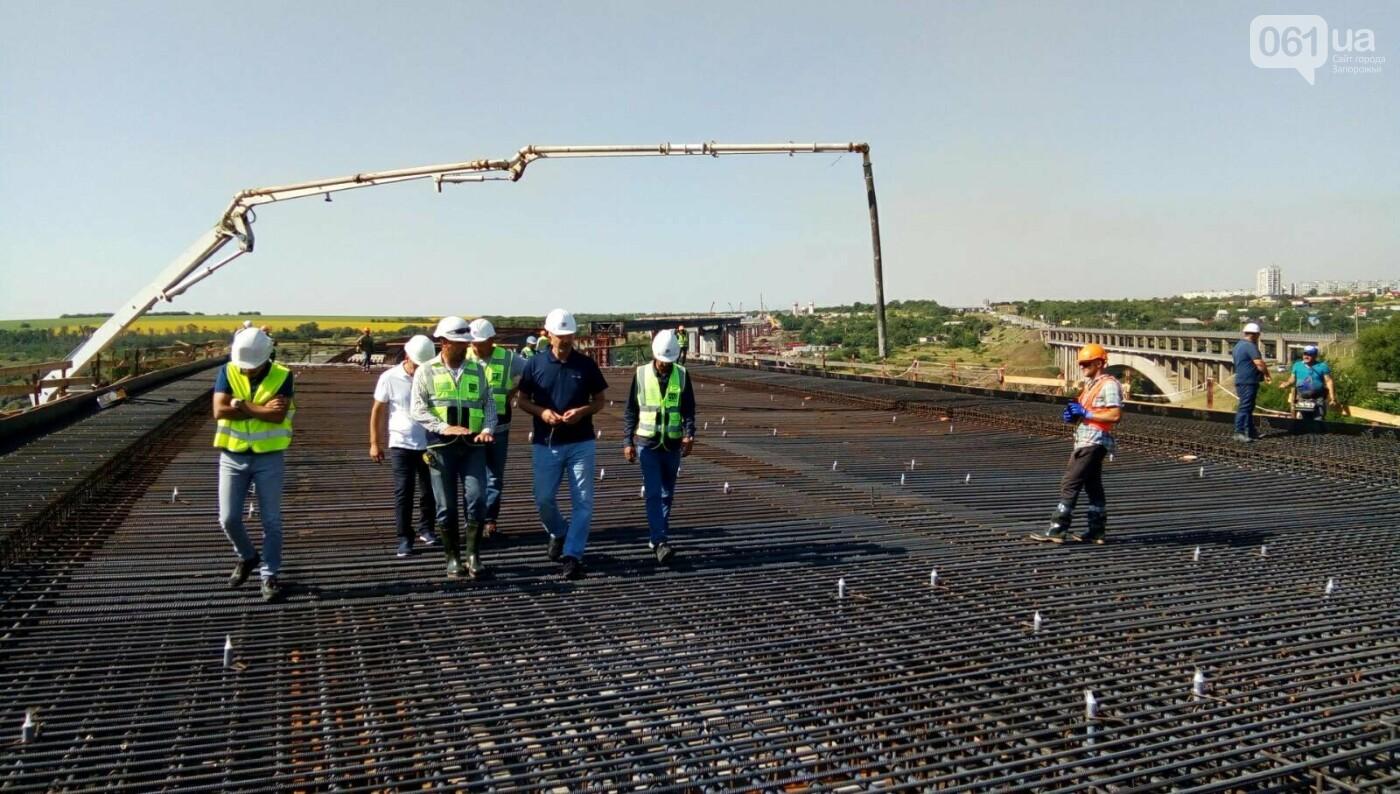 В Запорожье полным ходом идут монтажные работы на мостах через Днепр, - ФОТО, фото-1