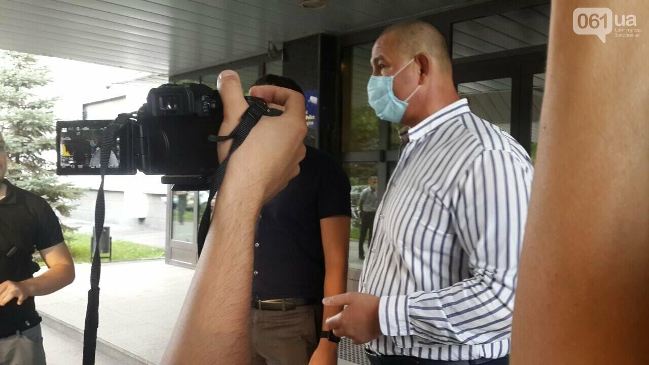 "Мужчину, который избил ""азовца"", отпустили из СИЗО - Нацкорпус провел акцию у стен Нацполиции, фото-3"