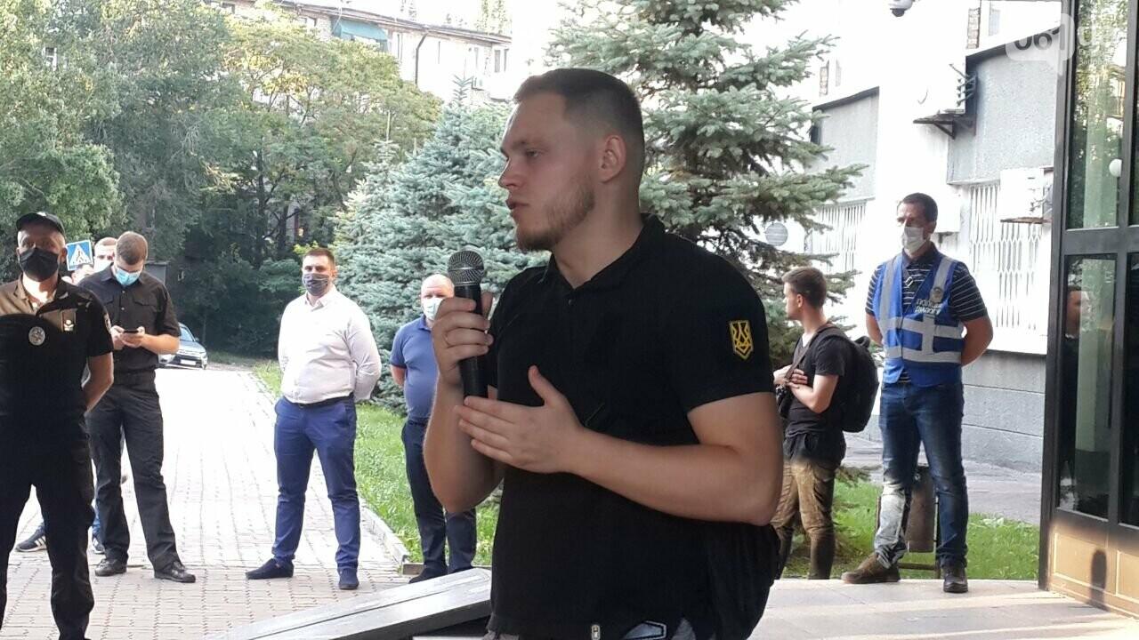 "Мужчину, который избил ""азовца"", отпустили из СИЗО - Нацкорпус провел акцию у стен Нацполиции, фото-2"