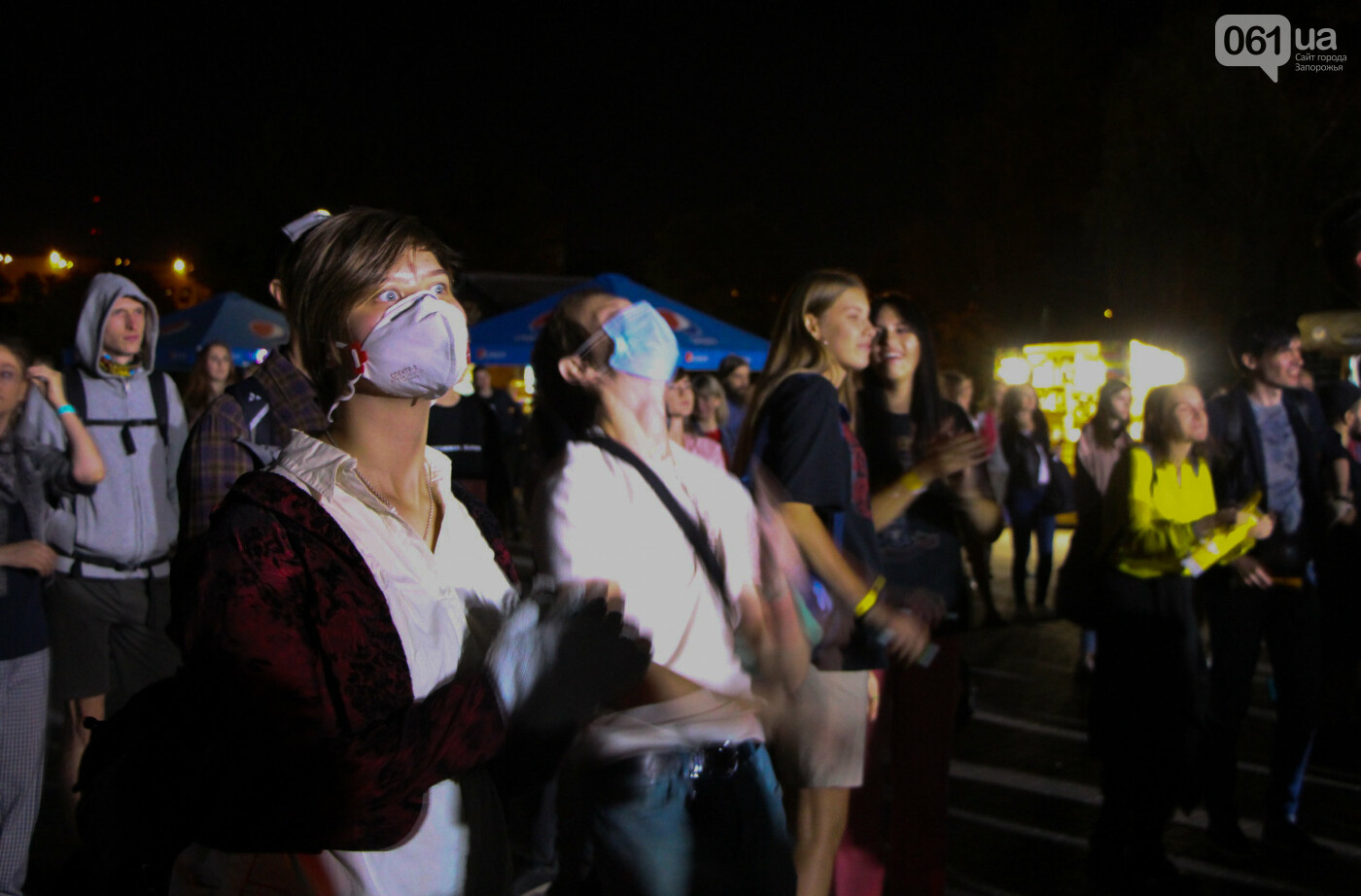 Концерт группы «Жадан і Собаки» собрал сотни запорожцев: как это было, - ФОТОРЕПОРТАЖ, фото-8