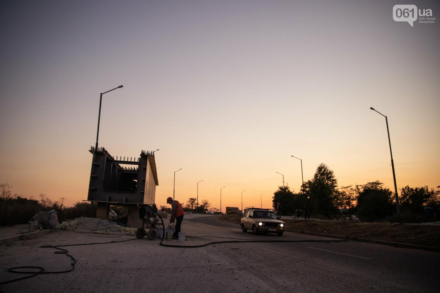 В Запорожье собирают балочный мост через Старый Днепр – строители работают даже ночью, - ФОТОРЕПОРТАЖ , фото-4