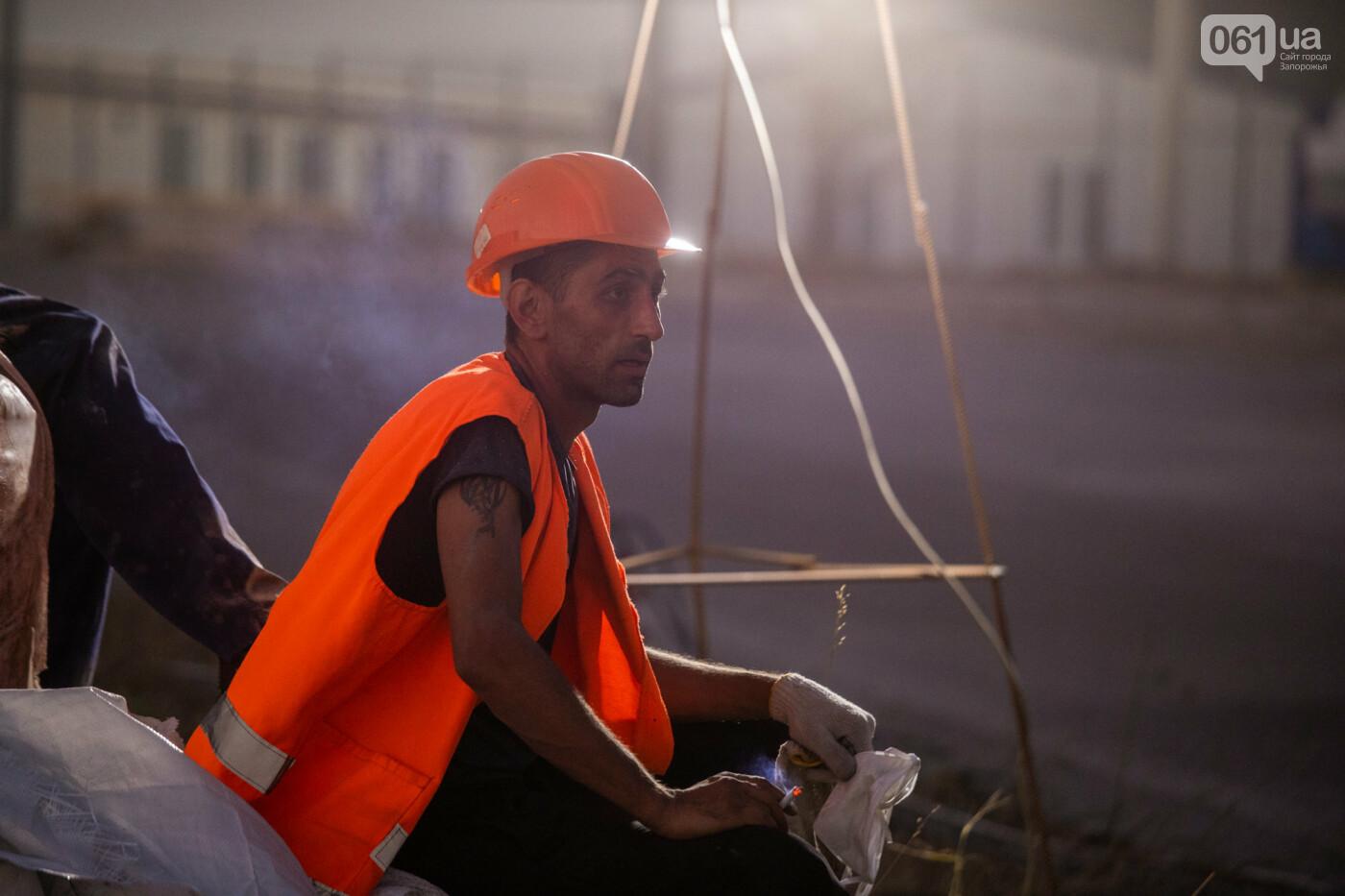 В Запорожье собирают балочный мост через Старый Днепр – строители работают даже ночью, - ФОТОРЕПОРТАЖ , фото-20