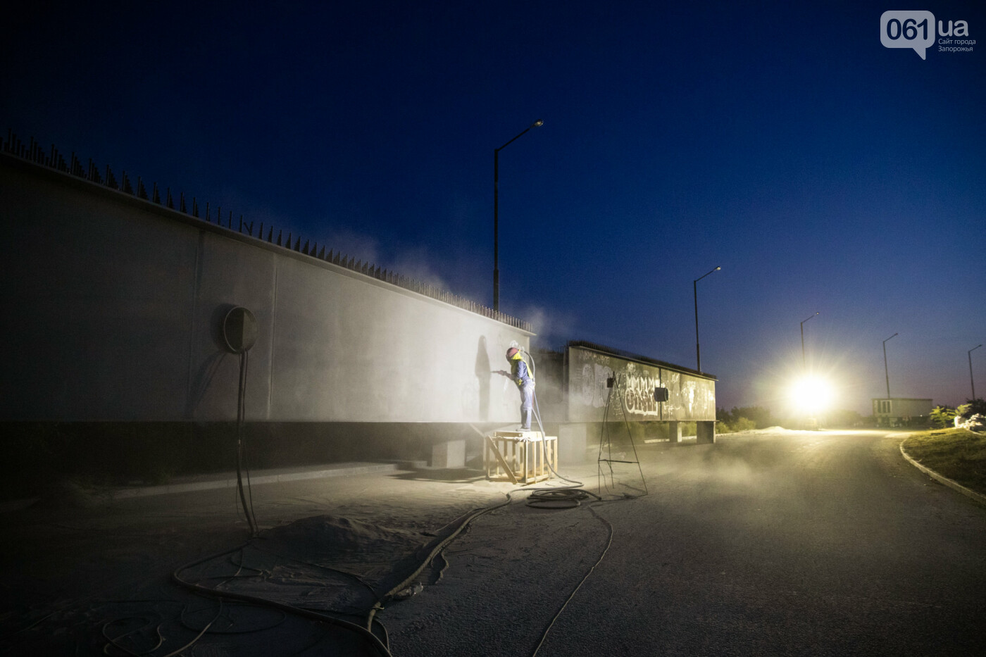 В Запорожье собирают балочный мост через Старый Днепр – строители работают даже ночью, - ФОТОРЕПОРТАЖ , фото-33